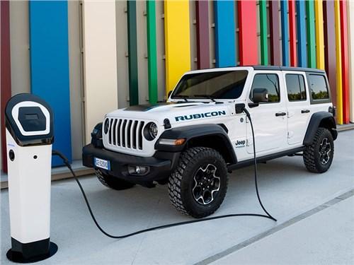 Jeep выпустил гибридный Wrangler