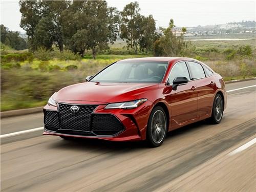 Крупный седан Toyota уйдет в историю