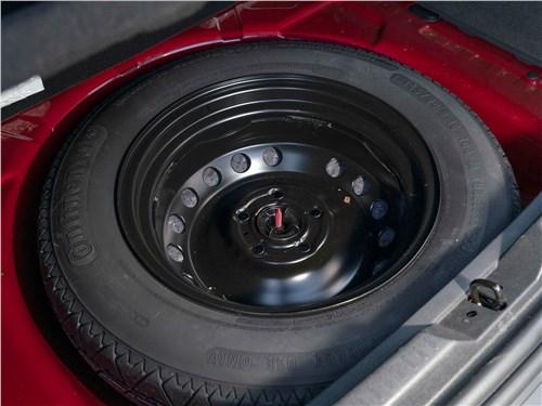 Renault Kaptur (2020) запасное колесо