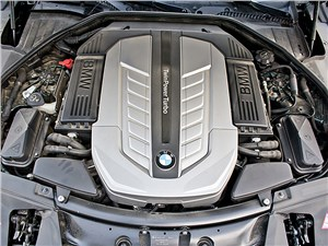 BMW 7 series 2013 двигатель
