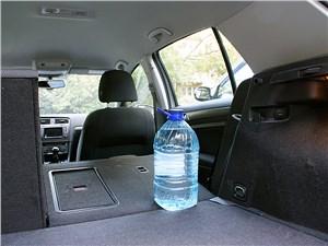 Предпросмотр volkswagen golf vii 2013 багажное отделение