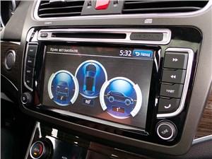 …а также насыщенные мультимедийные системы в автомобилях всех классов (Haval H8)