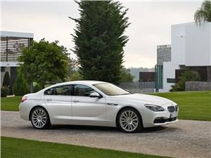 Предпросмотр bmw 6-series gran coupe 2015 вид спереди сбоку