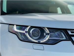 Land Rover Discovery Sport 2015 передняя фара
