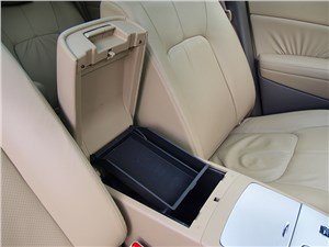 Nissan Murano 2011 ящик для мелочи
