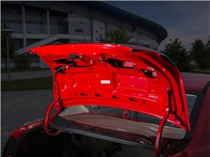 Предпросмотр faw oley 2014 крышка багажника