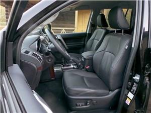 Toyota Land Cruiser Prado 2014 передние кресла