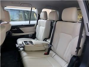 Lexus LX 2016 задний диван