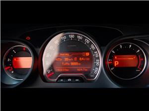 Citroen C5 2008 приборная панель