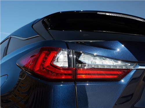 Lexus RX 2016 задний фонарь