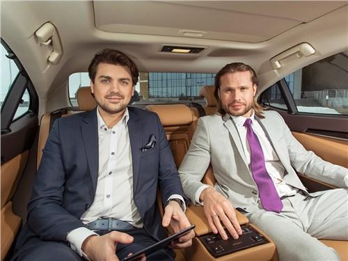 Lexus ES 2016 места для пассажиров