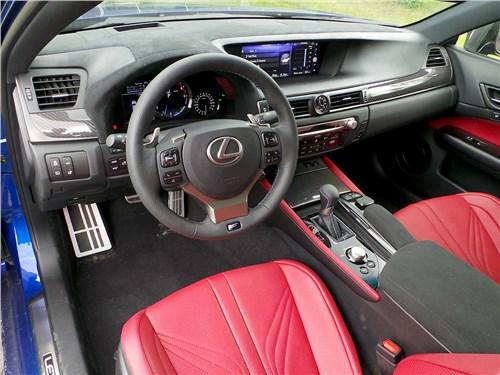 Lexus GS F 2016 салон