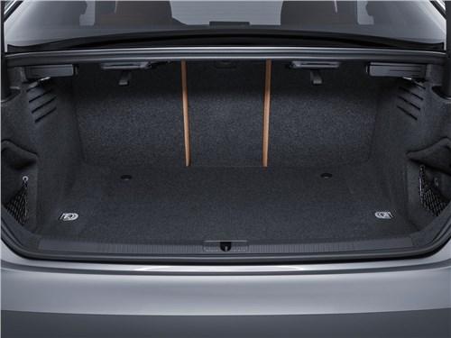 Предпросмотр audi a5 coupe 2017 багажное отделение