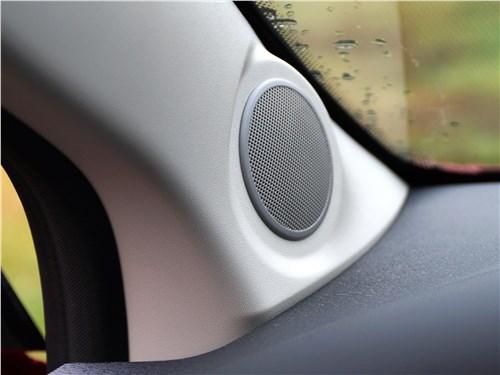 Lada XRay 2015 динамик