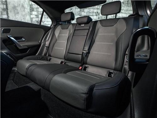 Предпросмотр mercedes-benz a-class 2019 задний диван