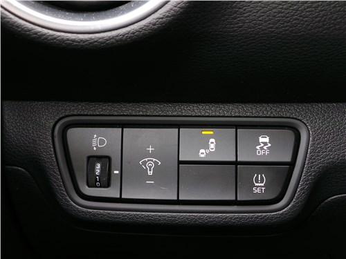 Kia Cerato 2019 кнопки