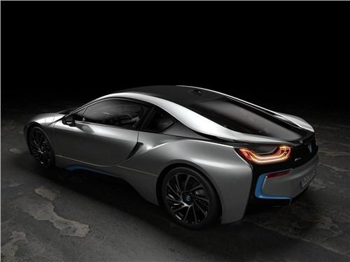 Предпросмотр bmw i8 coupe 2019 вид сзади