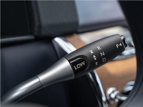 Rolls-Royce Cullinan 2019 рычажок «автомата»