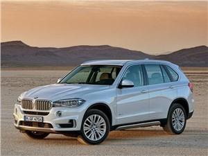 Стали известны рублевые цены BMW X5 нового поколения
