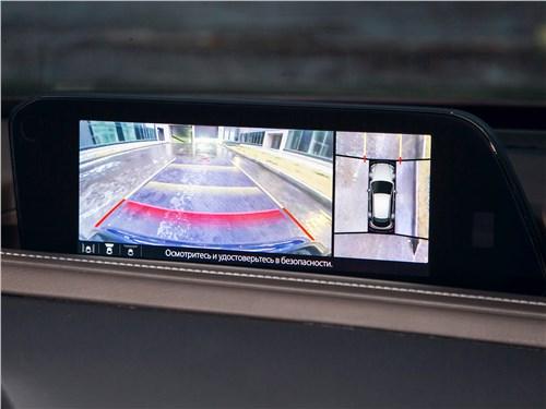 Mazda CX-30 (2020) монитор