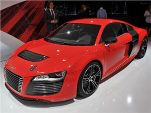 Моторная гамма Audi R8 нового поколения сохранит атмосферные двигатели