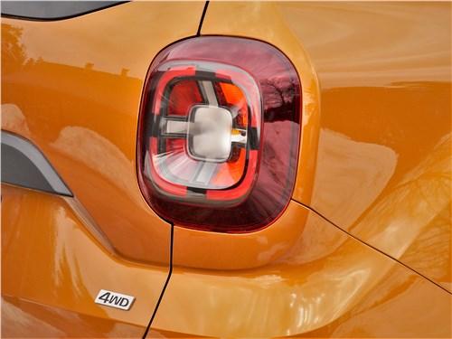 Renault Duster (2021) задний фонарь