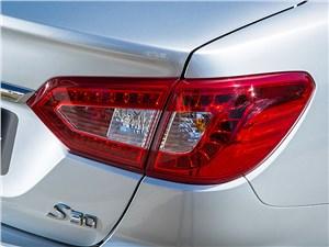 DFM S30 2014 задний фонарь