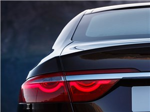 Предпросмотр jaguar xf 2016 задний фонарь