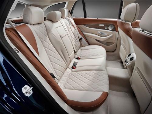 Предпросмотр mercedes-benz e-class estate 2017 задний диван