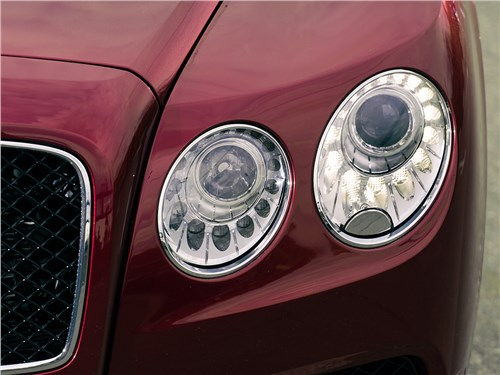 Bentley Continental Flying Spur 2013 передние фары