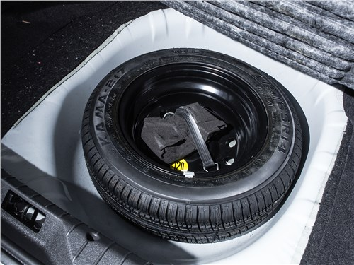 "Lada Granta Liftback 2014 ""запаска"""