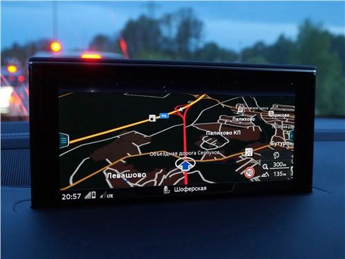 Audi Q7 S-Line 2016 монитор