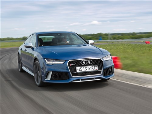 Audi RS 7 Sportback performance 2016 на трассе