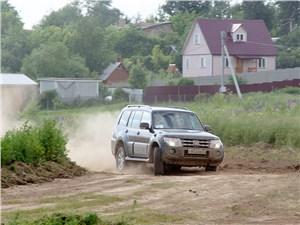 Mitsubishi Pajero 2008 вид спереди