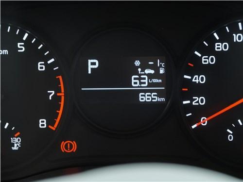 Kia Picanto X-Line 2017 приборная панель