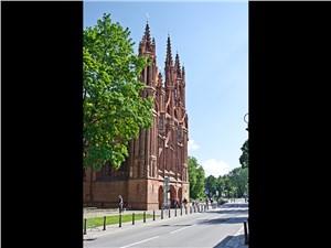 Предпросмотр в литве очень много готических соборов