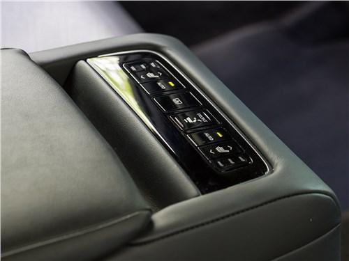 Lexus LS 500 F Sport 2018 задний диван