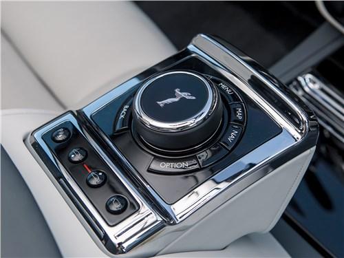 Rolls-Royce Phantom 2018 контроллер интерфейса