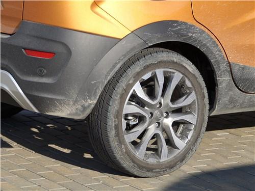 Предпросмотр lada xray cross 2019 колесо