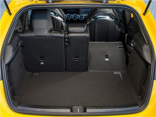 Предпросмотр mercedes-benz a35 amg 4matic 2019 багажное отделение