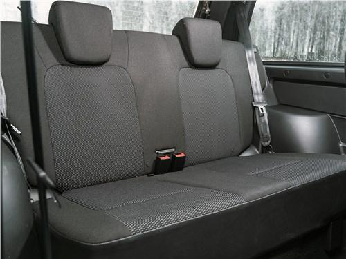 Предпросмотр lada 4x4 2019 диван для пассажиров