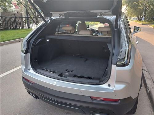Cadillac XT4 (2019) багажное отделение