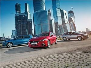 Mazda 3, Toyota Auris, Volkswagen Golf - охота на лидера