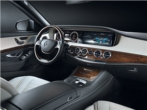 Mercedes-Benz S 500 2013 водительское место