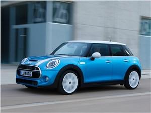 Предпросмотр mini cooper 5-door 2014 вид спереди