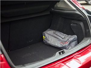 Renault Megane 2010 багажное отделение