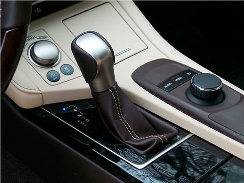 Lexus ES 200 2016 АКПП