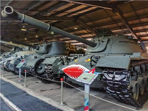 Отличительная черта американской техники – угрожающая раскраска, как на этом М48 Patton