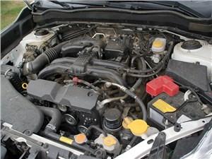 Оппозитный двигатель способствует понижению центра тяжести автомобиля. И это чувствуется!