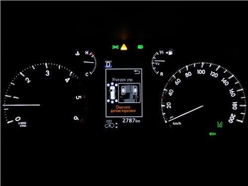 Toyota Land Cruiser Prado 2017 приборная панель
